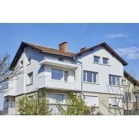 Изграждане на ел.инсталация и още - Етаж от жилищна кооперация с тавански стаи и гараж 160 м2 - гр.Габрово